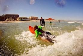 Volunteer Surfing